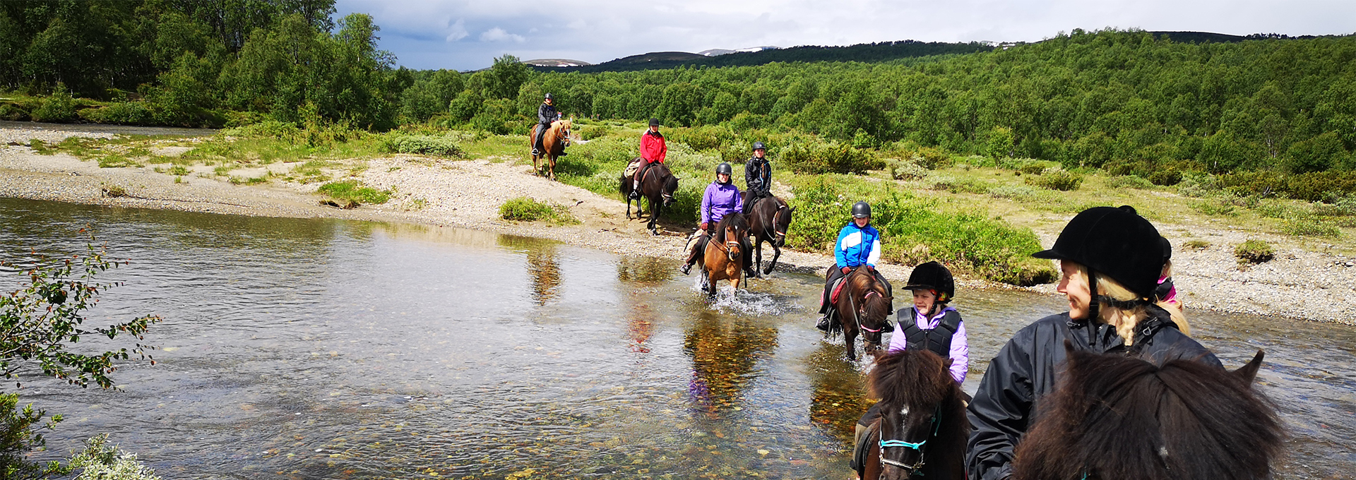 Riders on Icelandic horses in Ramundberget